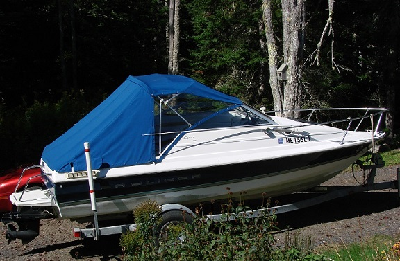 1997 Bayliner Capri 1952 Cuddy-2