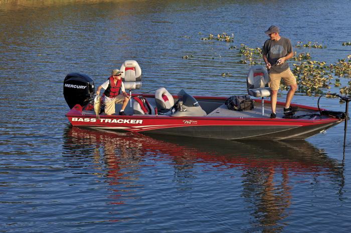 Bass pro boat canvas carpets north american waterway for Bass pro fishing boats